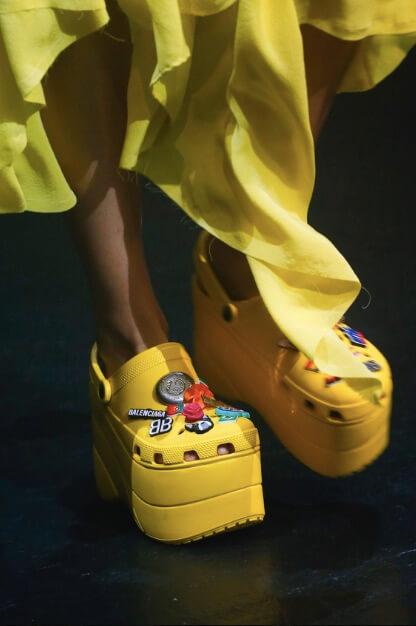 Balenciaga tourist sandals 2018 collection